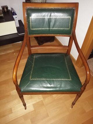 dos sillas estilo luis XVI