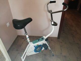 bicicleta estática BH retro muy buen estado