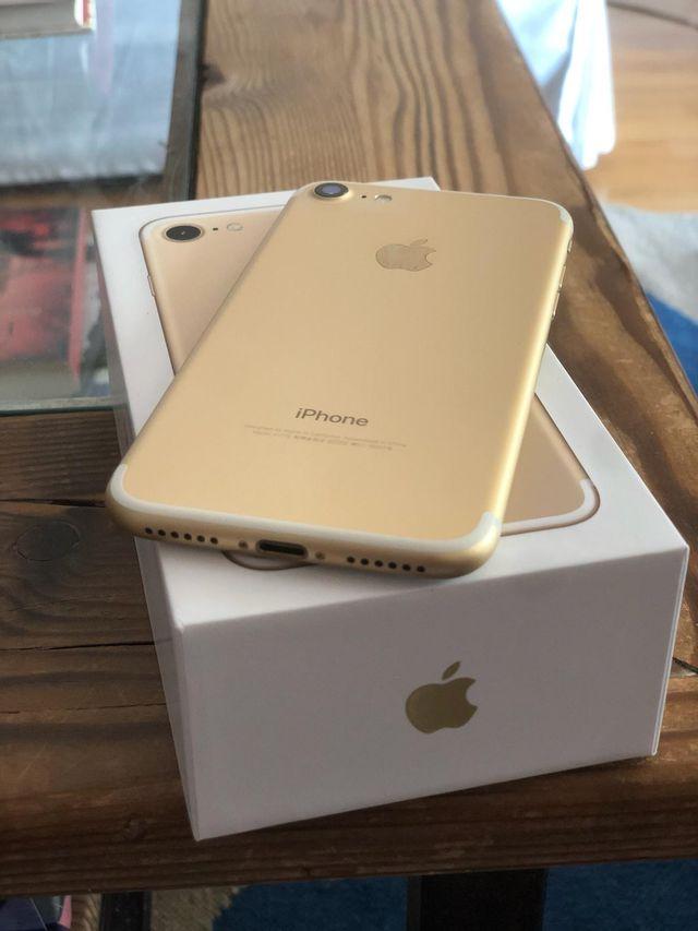iPhone 7 de 256 gb en oro nuevo