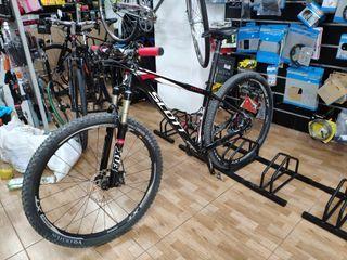 29b4fa74319 Bicicleta Scott scale de segunda mano en WALLAPOP