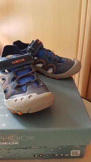 57aeb569 Zapatos para niñas de segunda mano en San Martín de la Vega en WALLAPOP