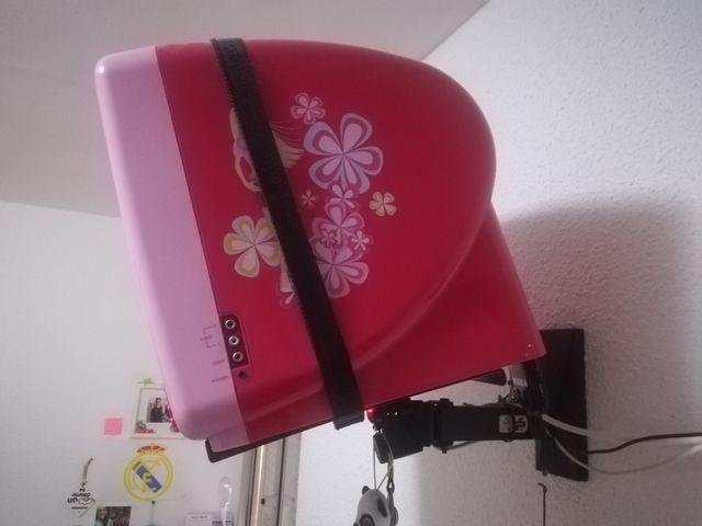 televisión barbie con DVD, soporte y tdt