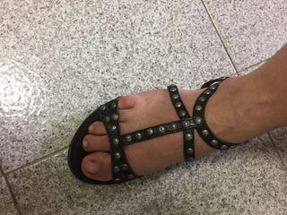 Sandalias chapas