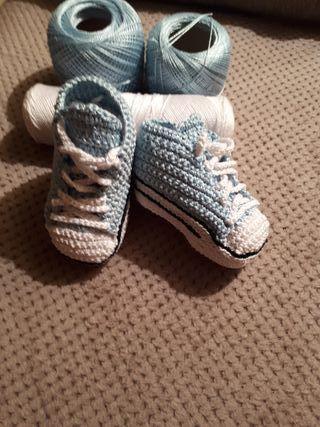converse crochet bebe