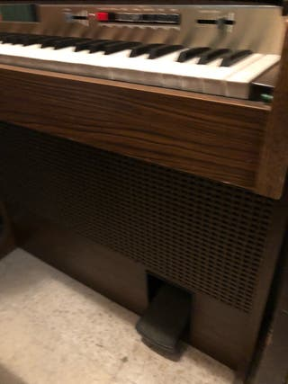 Organo eléctrico Bontempi 27