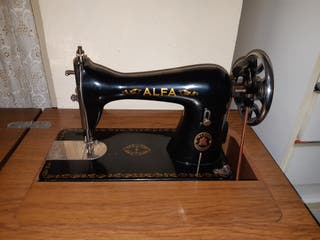 Máquina de coser de pedal Alfa