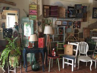 Varios muebles decorativos