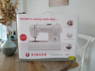 Máquina de coser SINGER Tradition 2282