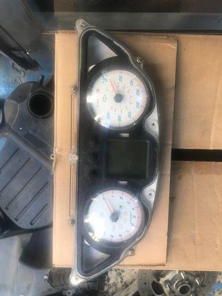 Cuadro relojes kymco superdink 125
