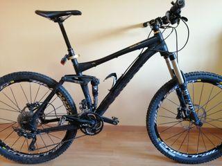 Bicicleta MTB Canyon Nerve al+ 150mm