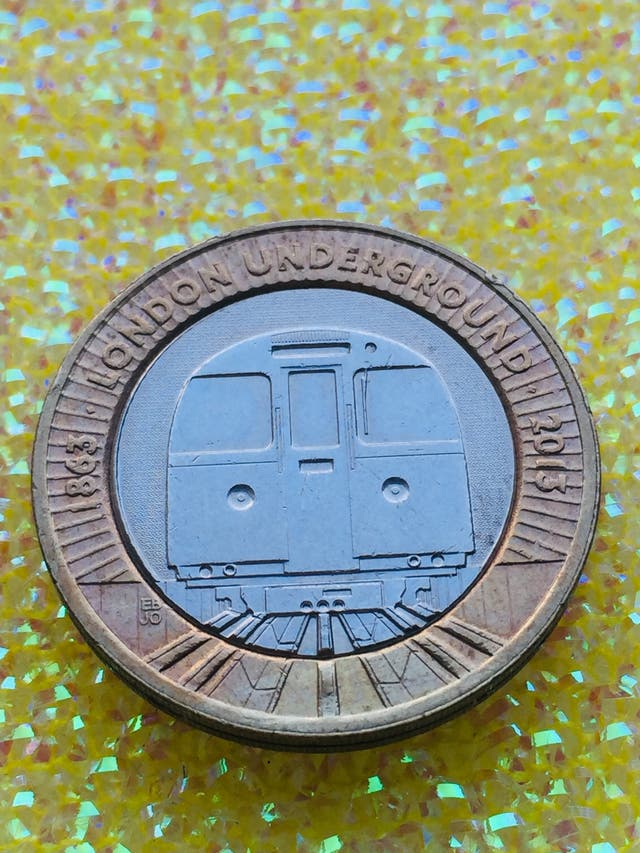 2 pound coin London Underground train 2013.
