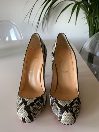 Zapato de serpiente Louboutin