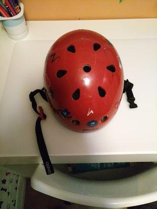 casco para patinar, monopatín o bmx para niño