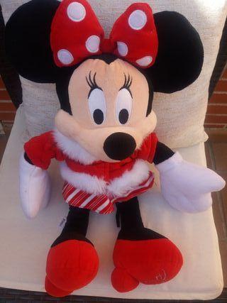Muñeco mini Disney store 2010.