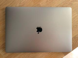 MacBook Pro 15' 2018. I9, 32GB RAM, 1TB SSD, 560x
