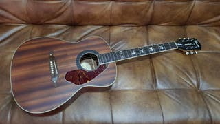 Acustica Fender hellcat signature Tim Armstrong