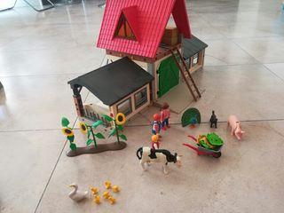 granja establo y personajes de playmobil
