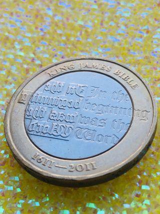 2 pound coin King James Bible 2015.