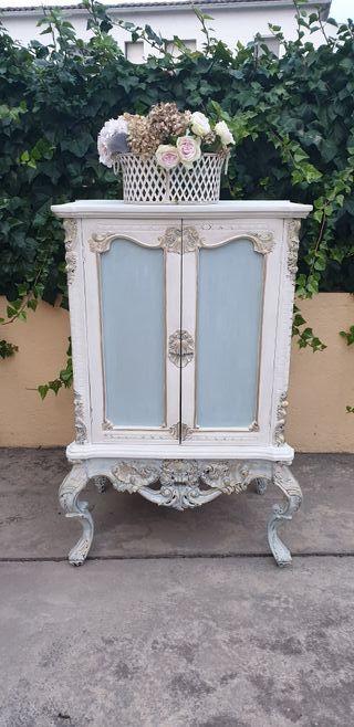 Mueble antiguo estilo francés