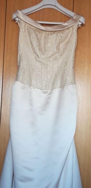 89f67d54f Vestido estilo tubo de segunda mano en Madrid en WALLAPOP