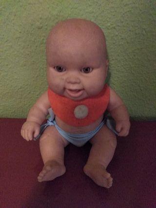muñeco tiene 20cnt