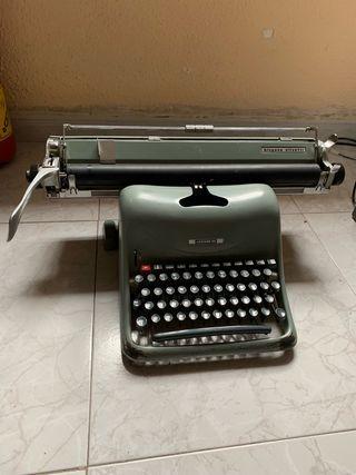 Máquina escribir Hispano Olivetti Lexicon 80