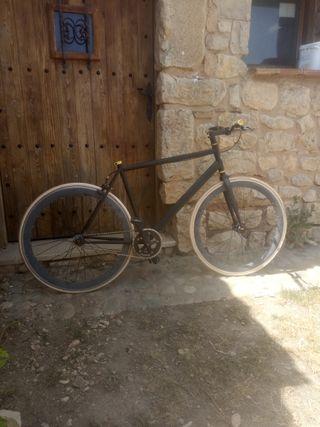 bicicleta fixiee