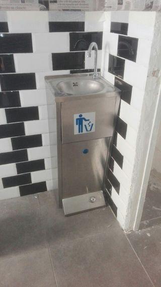 lavabo de pedal