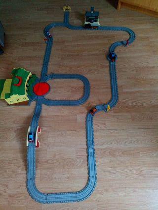 Varios circuitos tren de Thomas