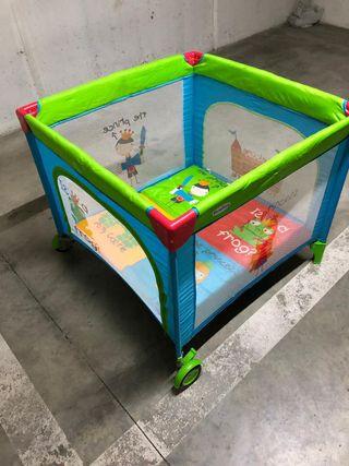 Parque infantil muy nuevo