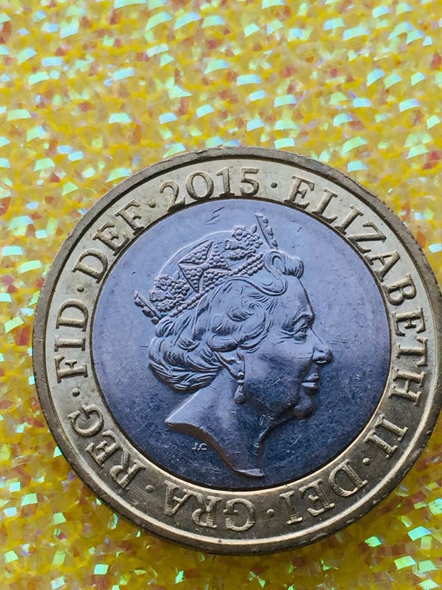 2 pound coin Britannia fifth portrait 2015.