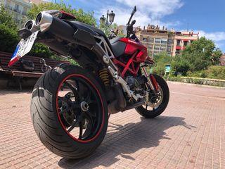 Ducati Hypermotard 1100 - 90cv