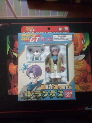 Trunks y Giru Super Battle Collection Bandai.