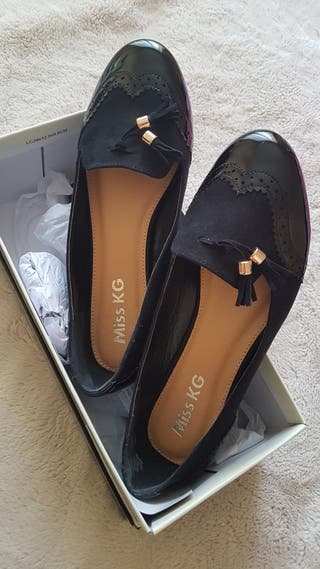 black smart flats, kurt Geiger, brand new, size 5