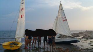 2b9f72e747b Clases y paseo en barco de vela ligera