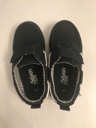 Zapato niño talla 25