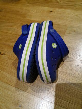 Crocs Talla J1 32-33