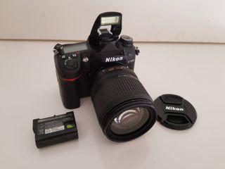 Camara de fotox reflex Nikon D7000