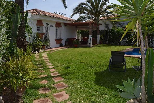 Casa en alquiler (El Faro, Málaga)