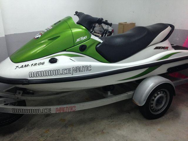 Moto de agua Kawasaki STX-R