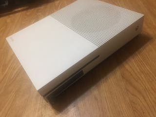 Xbox one s 1tb para piezas