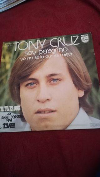 Antiguo vinilo de Tony Cruz