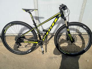 Bicicleta Scott Scale 980-2018