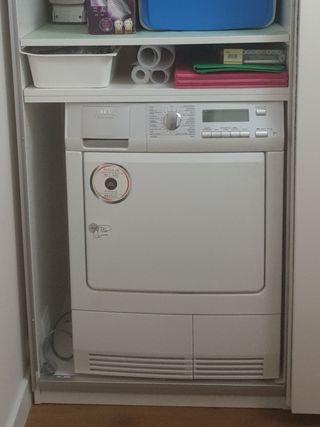 secadora AEG condensacion con bomba de calor