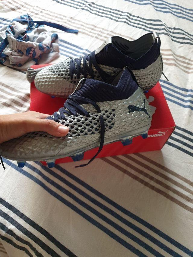 Botas de fútbol Puma, gama alta