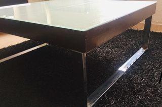 Mesa centro diseño wengue y metal
