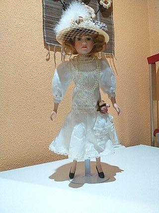 Muñeca de porcelana de epoca