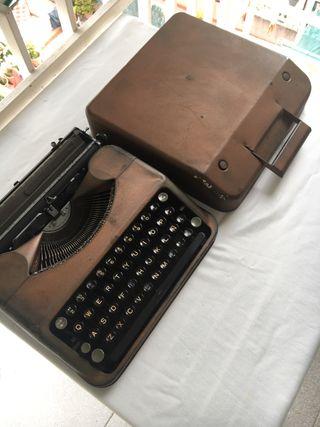 Maquina de escribir para coleccionistas.