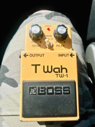 Pedal de guitarra BOSS TW-1 Made in Japan