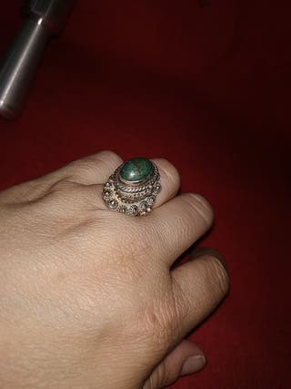 anillo de plata vintage porta veneno